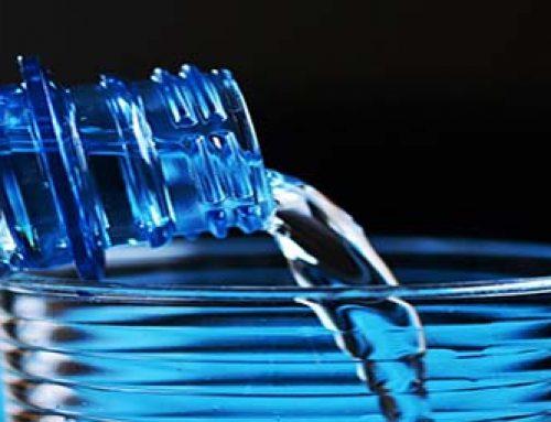 Acqua e contactless per aiutare l'ambiente